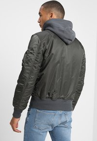 Alpha Industries - BLOOD CHIT - Veste mi-saison - greyblack - 2