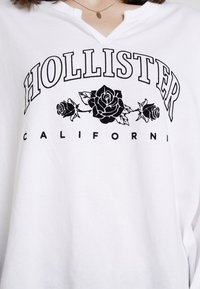 Hollister Co. - LONG SLEEVE DESTINATION - Top s dlouhým rukávem - white - 5