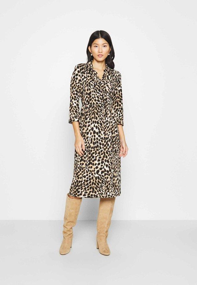 ANIMAL SHIRT DRESS - Korte jurk - neutral