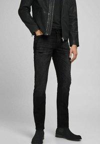 Jack & Jones - Slim fit jeans - black denim - 0