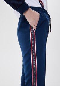 LIU JO - Tracksuit bottoms - blue - 3