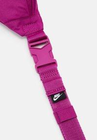 Nike Sportswear - HERITAGE - Bum bag - cactus flower/china rose - 3