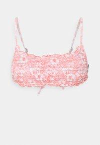 Cotton On Body - BACKLESS RUFFLE TOP THIN STRAP CHEEKY SET - Bikini - gentle shirred - 1