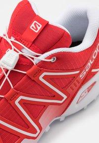 Salomon - SPEEDCROSS 3 UNISEX - Sneakers basse - racing red/white - 5