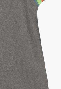 Nike Sportswear - HERITAGE DRESS - Day dress - carbon heather/white - 4