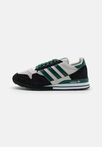 ZX 500 UNISEX - Sneakersy niskie - grey one/collegiate green/core black