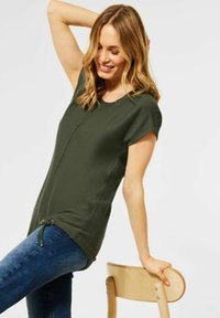 Cecil - Basic T-shirt - grün - 1
