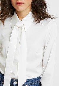 IVY & OAK - Button-down blouse - snow white - 5