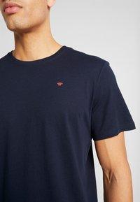 TOM TAILOR - BASIC T-SHIRT 3 PACK - Print T-shirt - blue - 4