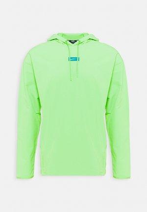 Funkční triko - mean green