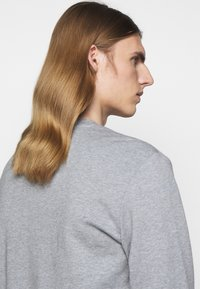 HUGO - DIRAGOL - Sweatshirt - silver - 3