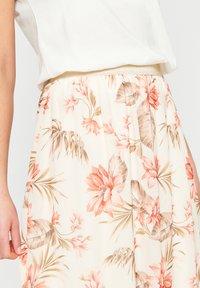 LolaLiza - Pleated skirt - white - 3