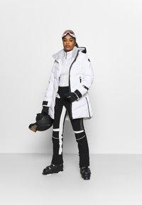 Icepeak - ELGIN - Skijakke - optic white - 1