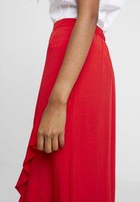 Dorothy Perkins - WRAP MIDI - Wrap skirt - red - 5