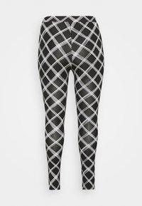Simply Be - CHECK - Leggings - Trousers - black - 1