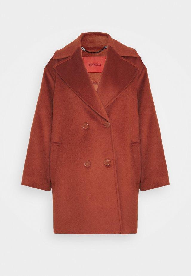 OTTAVIA - Cappotto classico - lockheed red