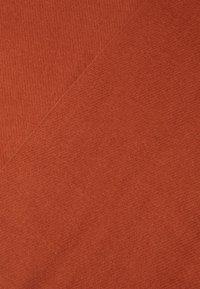 Vero Moda - VMSOLID LONG SCARF COLOR - Šála - auburn - 2