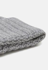 Filippa K - CORINNE HAT - Čepice - warm grey - 3