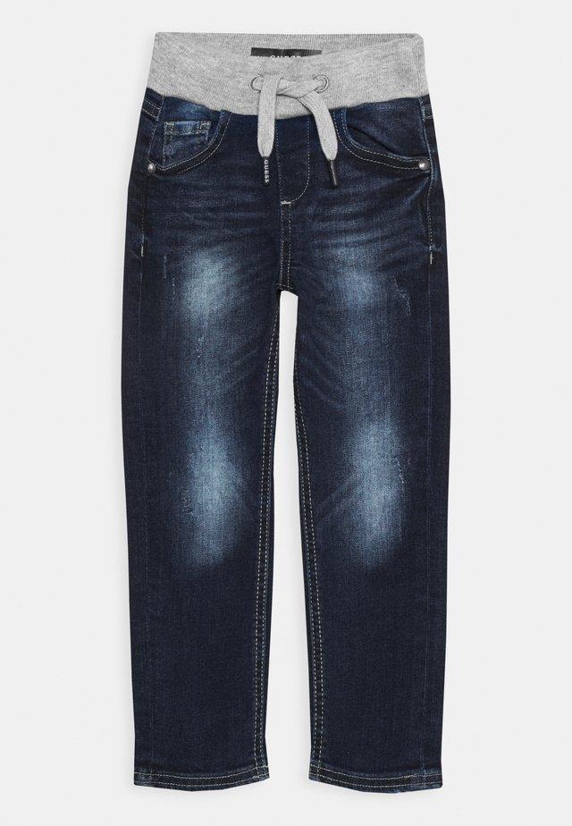 TODDLER SLIM PULL ON PANTS - Jeans slim fit - darker baby wash