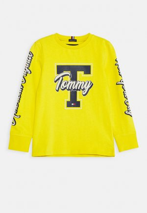 FUN VARSITY TEE - Long sleeved top - yellow