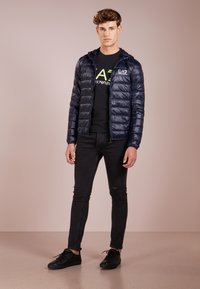 EA7 Emporio Armani - JACKET - Gewatteerde jas - night blue - 1