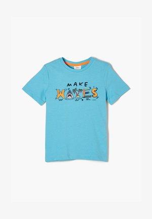 MIT FRONTPRINT - Print T-shirt - aqua