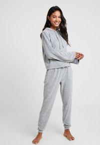 Zalando Essentials - Pyžamová sada - grey - 0