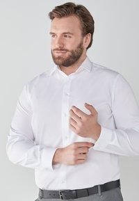Next - Camicia elegante - white - 2