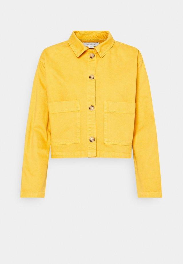CAMDEN - Jeansjakke - yellow