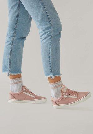 MACK  - Sneakers laag - pink