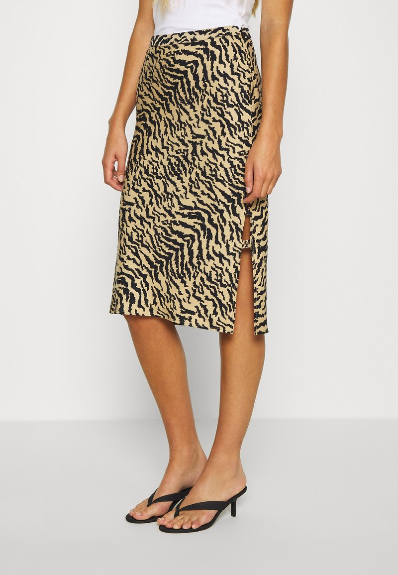 Good American - ZEBRA BIAS SKIRT - Pencil skirt - sand
