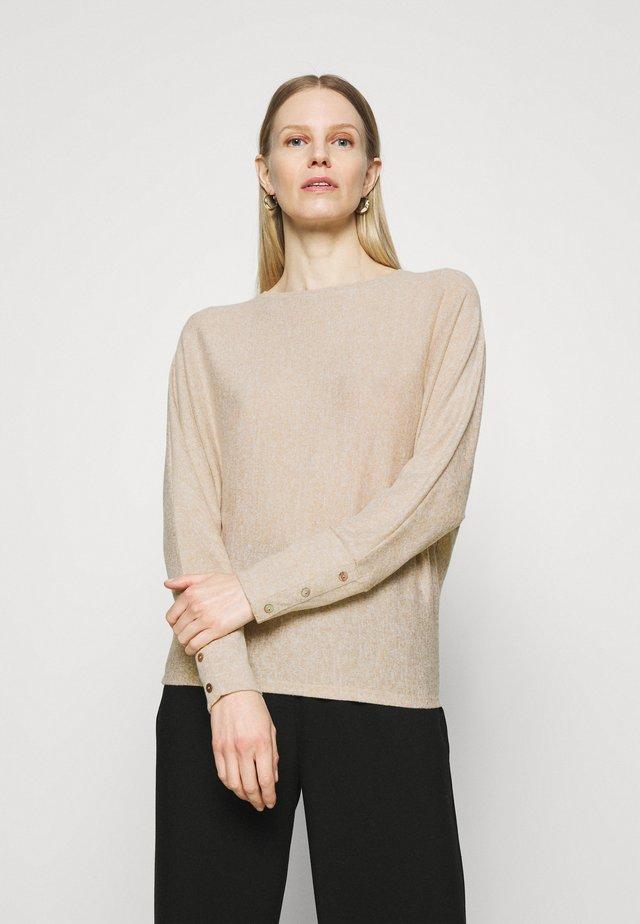 SEVI - Sweter - macadamia