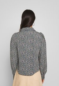Monki - NALA BLOUSE - Camicia - black - 2