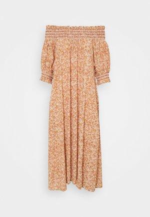 YASFARINA DRESS - Vapaa-ajan mekko - golden straw