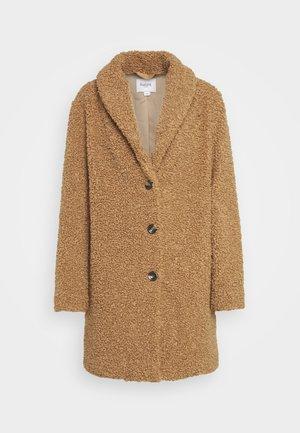 CINDY JACKET - Zimní kabát - camel
