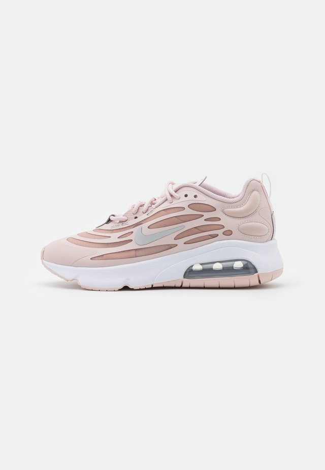 AIR MAX EXOSENSE - Tenisky - barely rose/metallic silver/stone mauve/white