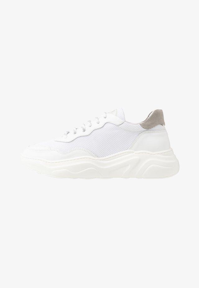 WINNER - Sneakers laag - white