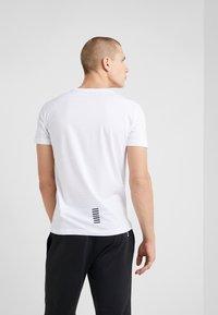EA7 Emporio Armani - T-shirt - bas - white - 2