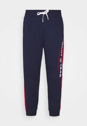 RETRO SHIELD PANTS - Træningsbukser - classic blue