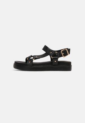 LUSSO - Sandály na platformě - black