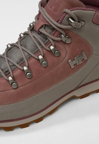 Helly Hansen - THE FORESTER - Hiking shoes - silver cloud/bridal rose - 5