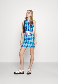 NEW girl ORDER - ARGYL TANK - Toppi - blue - 1