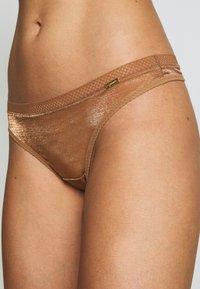 Gossard - GLOSSIES  - String - bronze - 4