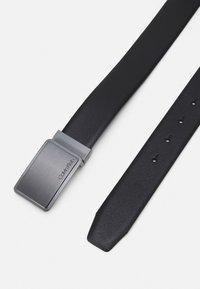 Calvin Klein - SQUARE BUCKLE  - Belt - black - 1