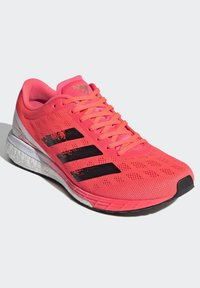 adidas Performance - ADIZERO BOSTON 9 SHOES - Stabilty running shoes - pink - 4
