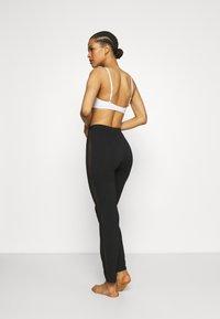 LASCANA - PANTS - Pyjama bottoms - black - 2
