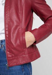 JDY - JDYDALLAS JACKET - Faux leather jacket - pomegranate - 4