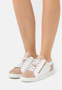 San Marina - CARTEVA - Sneakers laag - poudre blanc - 0