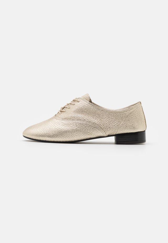CHARLOTTE - Zapatos de vestir - or