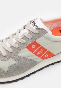 Blauer - DAWSON - Sneakers - light grey - 5